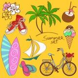 Uppsättning av sommarsymboler Arkivbilder
