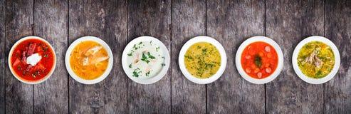 Uppsättning av soppor från världsomspännande kokkonster, sund mat arkivfoto