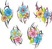 Uppsättning av stam- blommatatueringar Royaltyfria Bilder