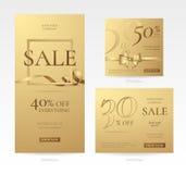 Uppsättning av stilfulla guld- försäljningsbaner av olika format med pilbågen, ramen och bandet Arkivbilder