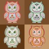 Uppsättning av stiliserade färgrika ugglor för vektor Royaltyfri Foto