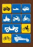 Uppsättning av symboler av utomhus- aktiviteter: cykla motocross, 4x4 medel, snövessla, sandmedel Symboler i blåttfärg Royaltyfri Fotografi