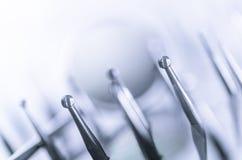 Uppsättning av tand- utrustning Blått tonar arkivbild