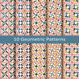 Uppsättning av tio geometriska modeller för sömlös vektor design för tegelplattor, räkning, textil Arkivfoto