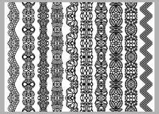 Uppsättning av tio sömlösa ändlösa dekorativa linjer Modeller för beståndsdelar för indierHenna Border garnering i svartvita färg vektor illustrationer