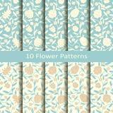 Uppsättning av tio sömlösa vektorarabesquemodeller med blommor planlägg för räkningar och att förpacka, inre, textil Royaltyfria Foton