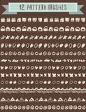 Uppsättning av tolv sömlösa stam- borstar stock illustrationer