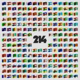 Uppsättning av tvåhundra och fjorton nationsflaggor vektor illustrationer