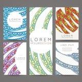 Uppsättning av vektordesignmallar Broschyrer i slumpmässig färgrik stil Tappningramar och bakgrunder stock illustrationer