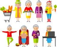 Uppsättning av vektorillustrationen per gruppen av den gamla kvinnan i olika lägen Royaltyfria Bilder