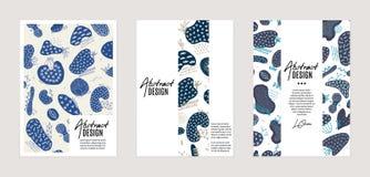 Uppsättning av vektormallar Utdragna abstrakta former för hand med olika texturer, fläckar och dekorativa beståndsdelar arkivfoto