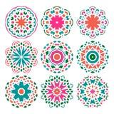 Uppsättning av vektormandalaprydnader Islam arabiska, indier, ottomanmotiv Arkivfoton