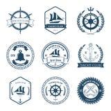 Uppsättning av vektorn för beståndsdelar för design för etiketter för yachtklubba vektor illustrationer