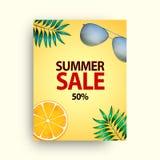 Uppsättning för affisch för sommarförsäljningsvektor med 50 av rabatttext- och sommarbeståndsdelar i färgrika bakgrunder för lage stock illustrationer