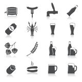 Uppsättning för alkoholölsymboler Arkivfoton