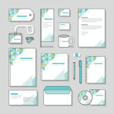 Uppsättning för design för brevpapper för mall för triangeldesignidentitet och affärsbrevpapper Royaltyfria Foton