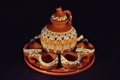 Uppsättning för för tappning`-te 1970/kaffe, svart bacground Arkivbild