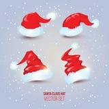 Uppsättning för hatt för ` s för fyra jultomten röd på snöig bakgrund Vektor Illustratio Royaltyfri Fotografi