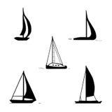 Uppsättning för havtransport Segelbåtar yacht, motoriskt fartyg vektor illustrationer