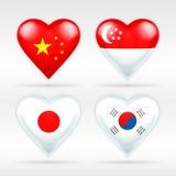 Uppsättning för Kina, Singapore, Japan och Sydkorea hjärtaflagga av asiatiska tillstånd Arkivbilder