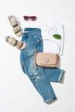 Uppsättning för kläder för kvinna` s Arkivfoton