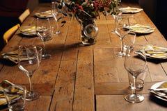 Uppsättning för portionmatställetabell Royaltyfria Foton