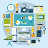 Uppsättning för symboler för illustration för plan designstil modern av kontorsobjekt och hjälpmedel Royaltyfri Fotografi