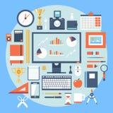 Uppsättning för symboler för illustration för plan designstil modern av kontorsobjekt och hjälpmedel Royaltyfria Bilder