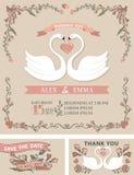 Uppsättning för tappningbröllopinbjudan Svanar blom- dekor stock illustrationer