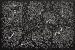 Uppsättning för tecknad film för klotter för svart tavlavektor hand dragen av musikobjekt Arkivbilder