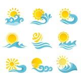 Uppsättning för vågsolsymboler Arkivbild