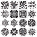 Uppsättningen av abstrakta sakrala geometrisymboler i keltiska fnuren utformar Royaltyfria Foton