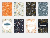 Uppsättningen av broschyrmallar med den blom- modellen, cards mellanrum, reklambladvektor Arkivbilder