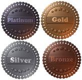 Uppsättningen av 4 3D framförde medaljer, guld- silver för platina och brons royaltyfri illustrationer