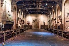Uppsättningen av den stora Hallen som Hogwarts, LEAVESDEN, UK Royaltyfri Bild