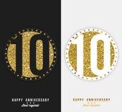 Uppsättningen av den 10th lyckliga årsdagen cards mallen med guld- beståndsdelar Arkivbild