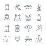 Uppsättningen av den tunna linjen symboler dricker och dryckproduktion Royaltyfri Bild
