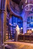 Uppsättningen av det Dumbledores kontoret på Hogwarts, LEAVESDEN, UK Royaltyfri Fotografi