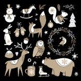 Uppsättningen av det gulliga klottret skissar Julgem-konster av björnen, kaninen, renen, räven, ugglan, ekorren och snögubben sca stock illustrationer