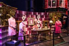 Uppsättningen av det rosa kontoret LEAVESDEN, UK för professor Dolores Umbridge Royaltyfria Bilder