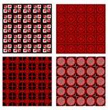 Uppsättningen av fyra bakgrundstegelplattor i rött, vit och svart planlägger med fina geometriska symmetriska modeller Arkivfoton