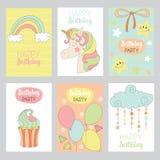 Uppsättningen av gulligt behandla som ett barn födelsedagkort stock illustrationer