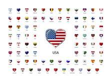 Uppsättningen av hjärta formade glansiga symboler av flaggor av världssuveräna stater Arkivfoton