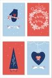 Uppsättningen av julkort med önska, trädet för det nya året, giftboxes semestrar garnering över blå och röd backround Royaltyfri Foto