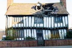 Uppsättningen av keramikerstugan i den Godrics fördjupningen, LEAVESDEN, UK Royaltyfria Foton