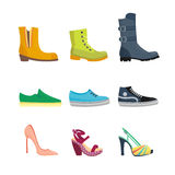 Uppsättningen av kvinnors skor sänker designvektorsamlingen av den läder färgade mockasinkängaillustrationen Fotografering för Bildbyråer