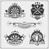 Uppsättningen av pilar klubbar eller emblem för sportkonkurrens, etiketter och designbeståndsdelar stock illustrationer