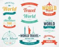 Uppsättningen av tappningloppet förser med märke och etiketter Feriebeståndsdelsymboler Resa och turism vektor royaltyfri illustrationer