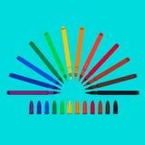 Uppsättningen av tuschpennor som är röd, gör grön, gulnar, lilor, brunt, svart, kexet, apelsinen, klor, blått, mazarine ljus vekt Royaltyfri Bild
