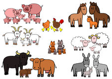 Uppsättningen av ungen skissar tecknade filmen för lantgårddjur Royaltyfria Foton